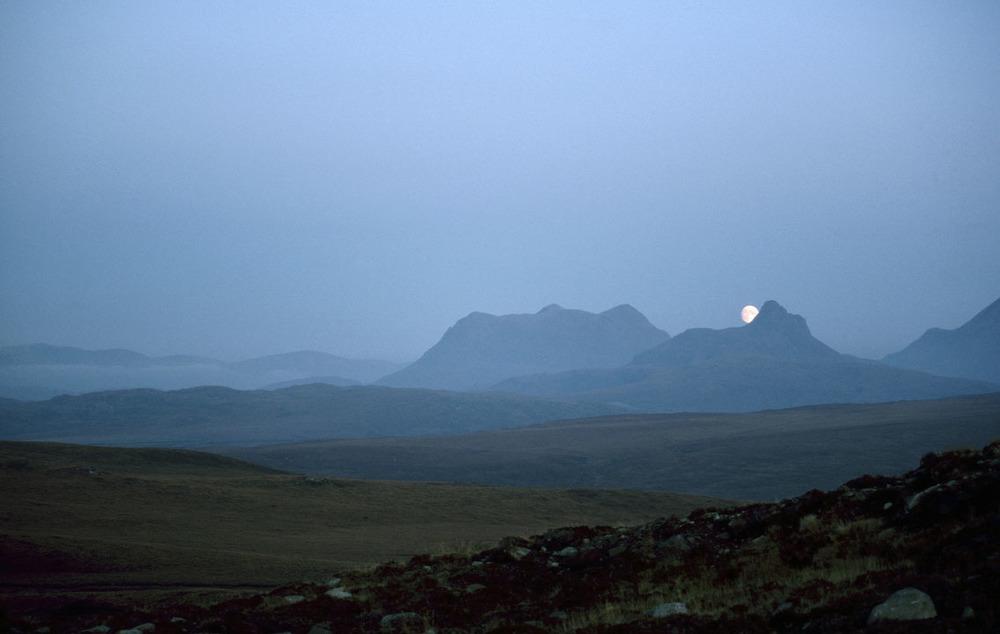 Moonrise_Stack_Polly_2(2).jpg