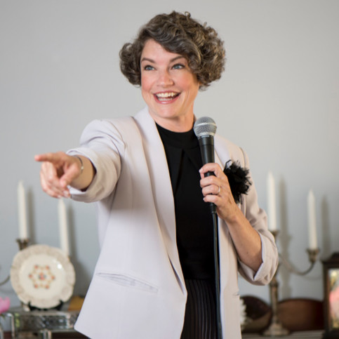 Stephanie Aaron- Auctioneer/Emcee