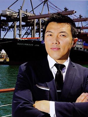 Cheung-Headshot.jpg