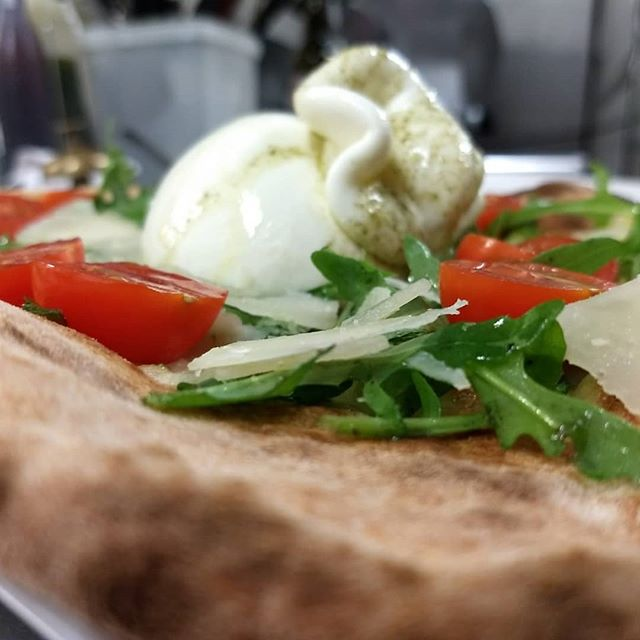 On our new menu... Burrata Pizza, Calabrese Salami Pizza, Arancini rice balls and the new Panna Cotta with homemade strawberry coulis.  Come and find us anytime during the week monday to saturday.  Monday night: Get one drink and pay any pizza on the menu at half price. Tuesday night: Glass, Caraffe or Bottle of wine or Prosecco to pay selected pasta at half price.  We are based on 237 mile end road just outside Stepney Green Station. 👍  #food #italian #restaurant #london #stepneygreen #mileend #bethnalgreen #hackney #shoreditch #shadwell #the #good #quality #food #verdislondon