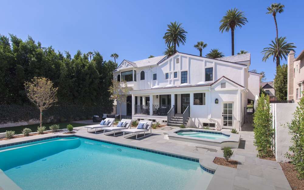 $8,995,000 - 520 N. Hillcrest