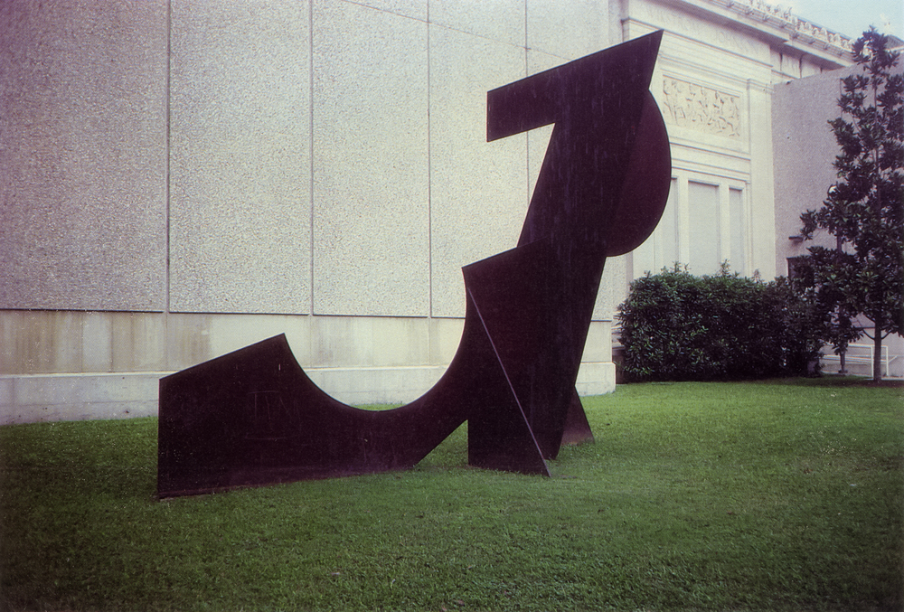 New Orleans Museum of Art, New Orleans, Louisiana; 1980.  M.H. VI.  14' x 18' x 9'.