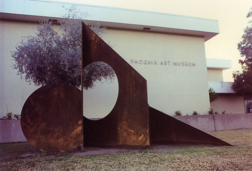 Phoenix Museum of Art, Phoenix, Arizona; 1979.  M.H. X.  14' x 16' x 14'.