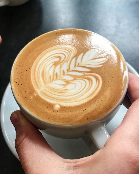 baristas-associes-coffee-shop-paris-cafe-de-specialite-specialty-barista-formation-coffeegeek-motivation-entrepreneur.jpg