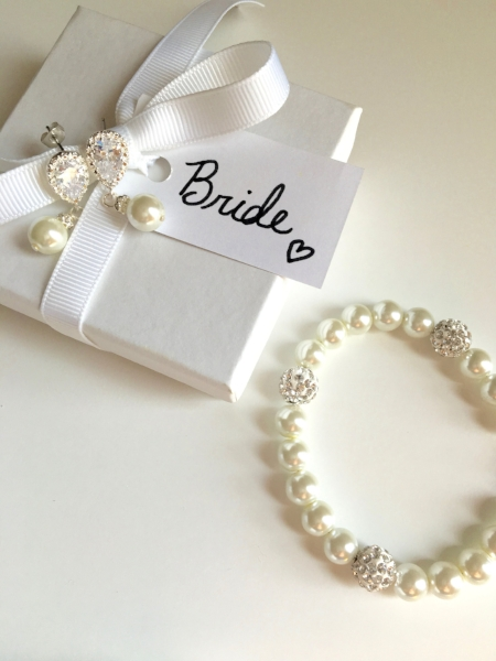 bridal jewelry denver pearls.jpg