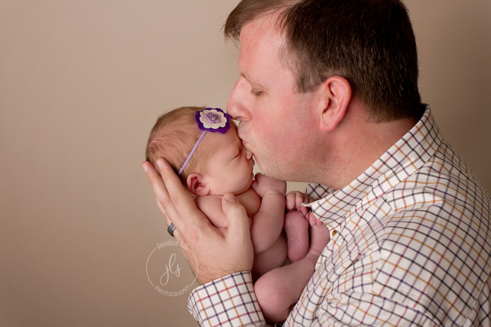 DadandNewbornPortrait
