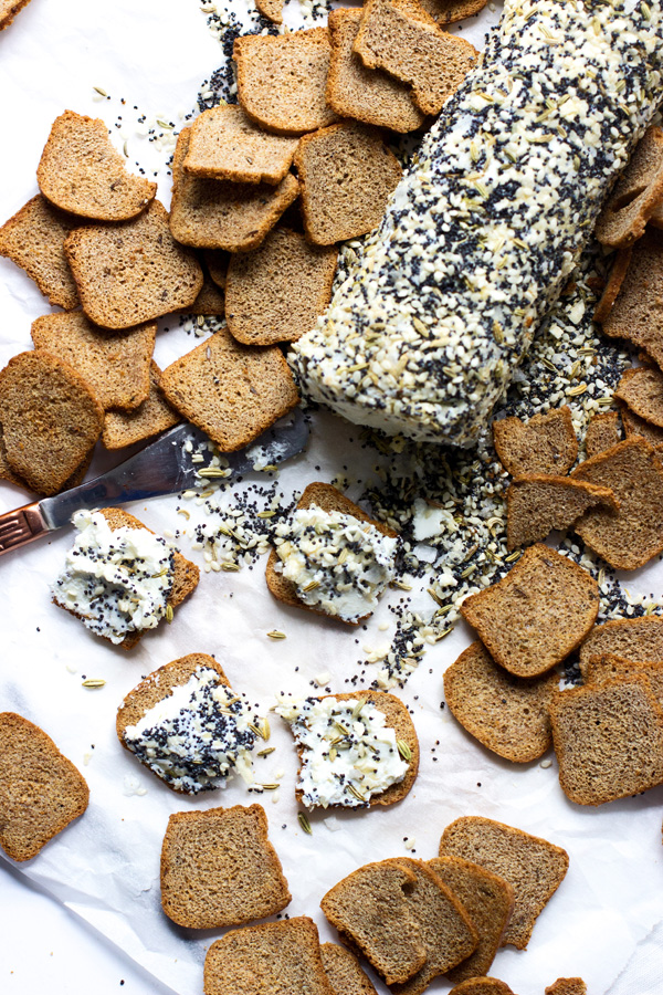 Everything Bagel Goats Cheese Log