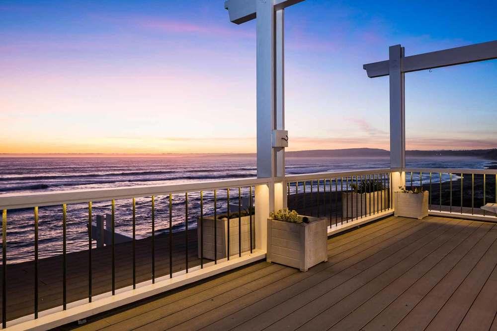 Trex Deck Overlooking Ocean