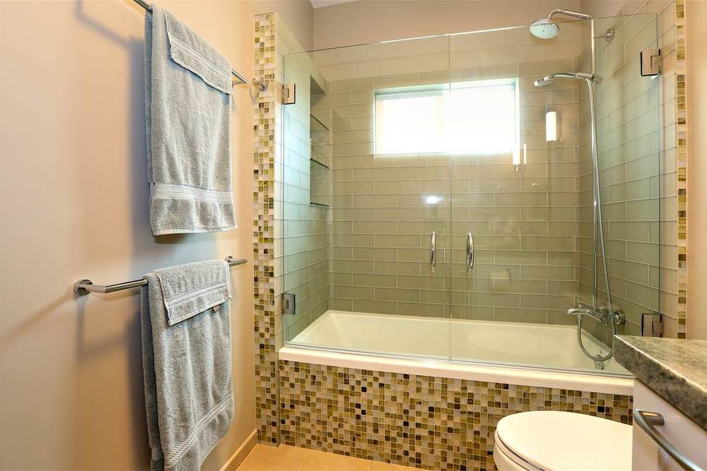 glasstilebathroom.jpg