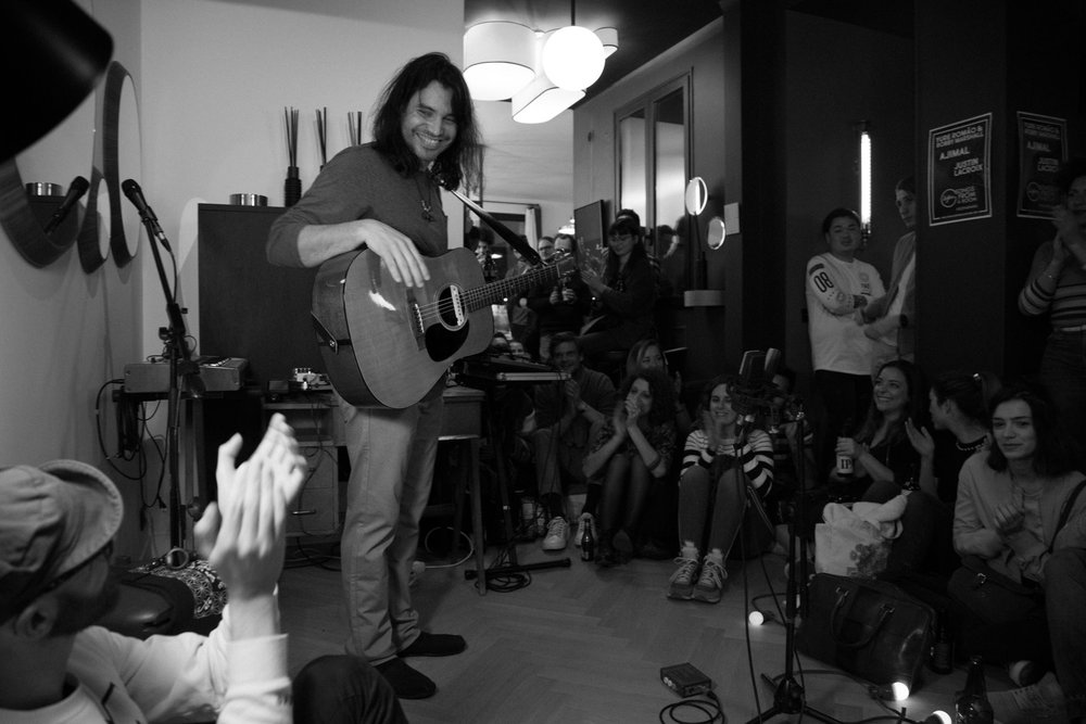 (Amazing reception at Rouge Ardoise, show presented by SOFAR SOUNDS in Paris, FR)