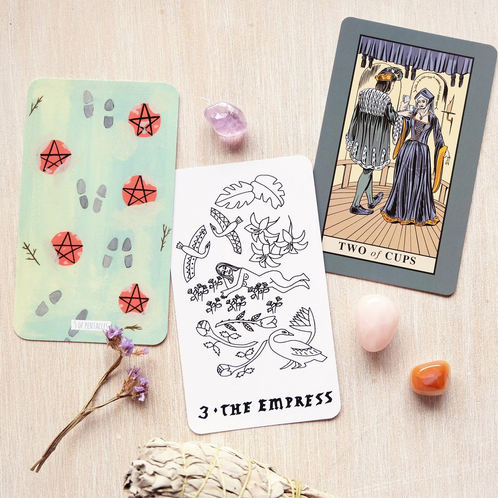 Decks used:  Circo Tarot  (Marisa de la Peña),  Small Spells Tarot  (Rachel Howe),  English Magic Tarot  (Andy Letcher, Rex Van Ran, Steve Dooley)