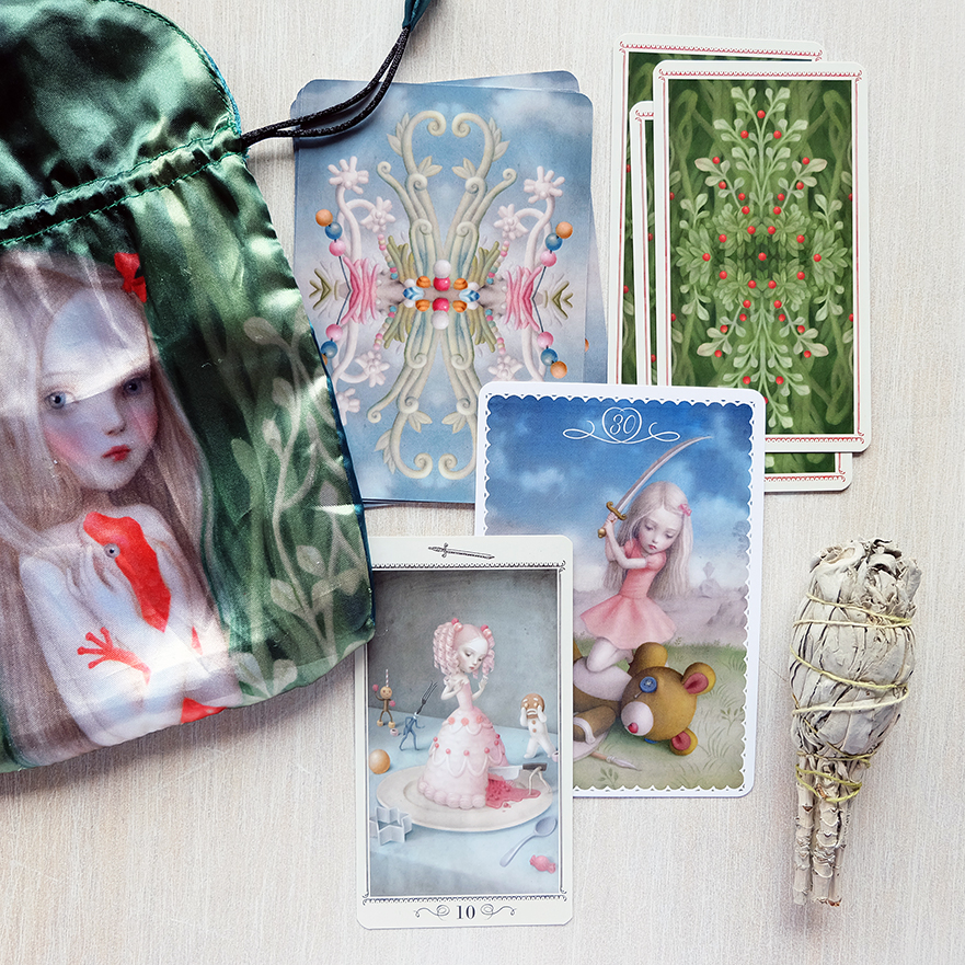 Decks used: Nicoletta Ceccoli Tarot and Ceccoli Oracle (Nicoletta Ceccoli, Lo Scarabeo)
