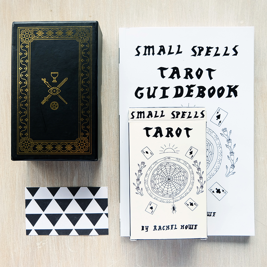 Decks used:  The Golden Thread Tarot  (Tina Gong, Labyrinth OS) and  Small Spells Tarot  (Rachel Howe)