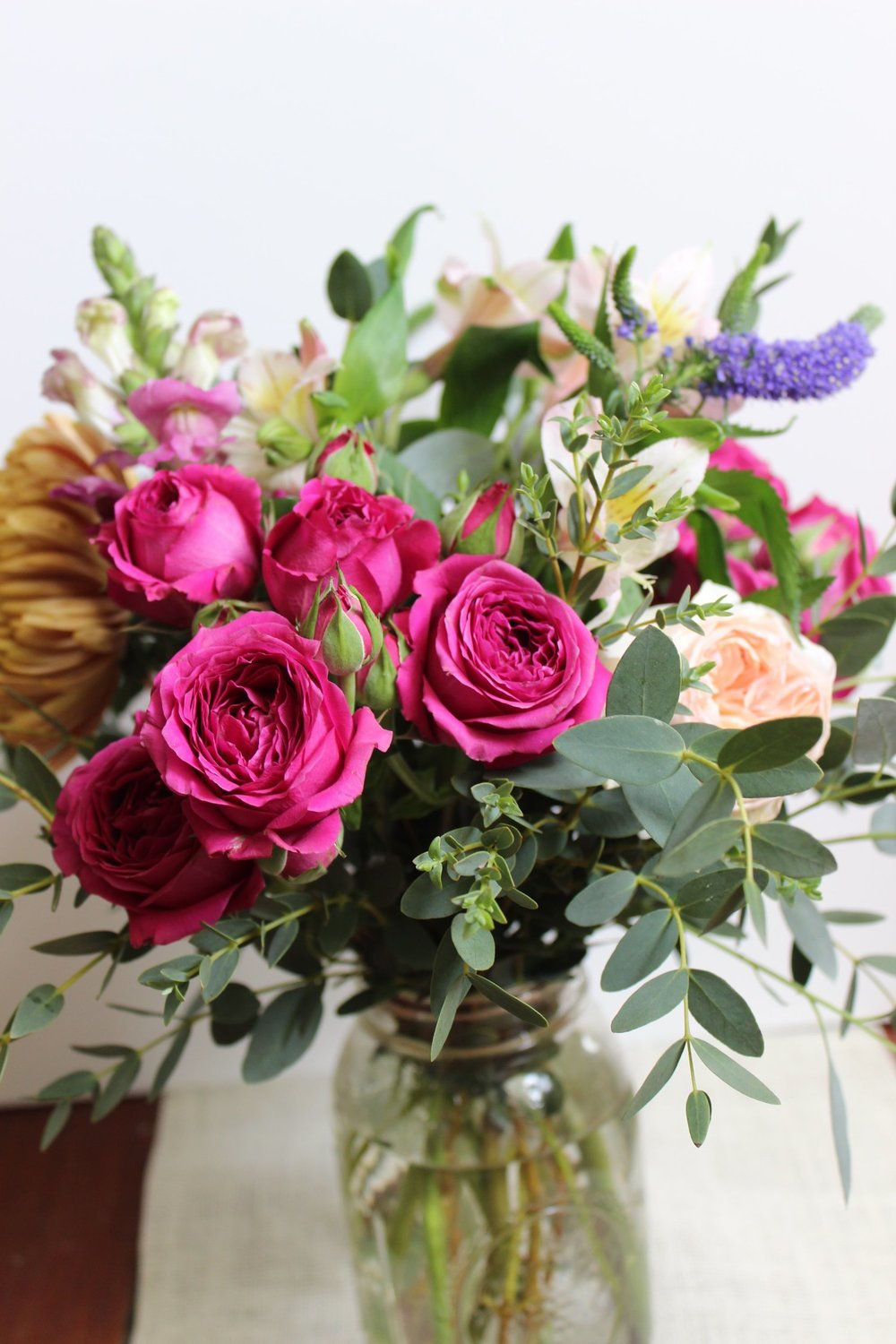 fall-bouquet-with-roses.jpg