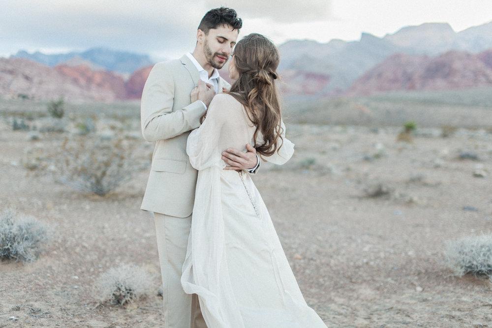Vancouver_Fine_Art_Wedding_Photography_Vegas_Engagement 4.jpg