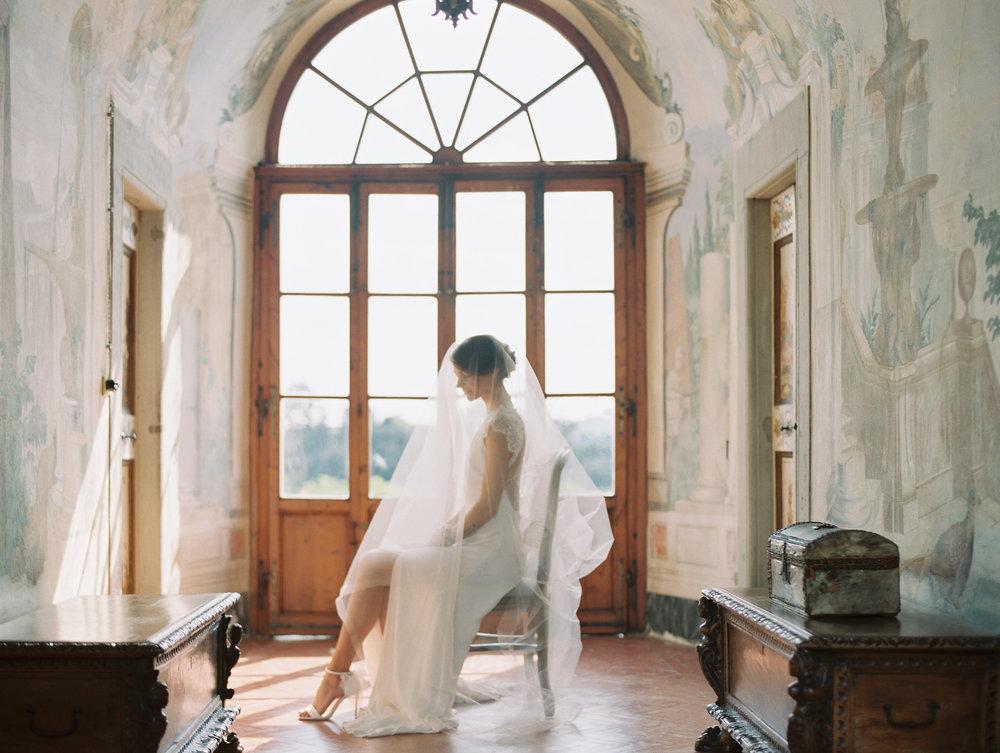 Tuscany_Wedding_Villa_Medicea_di_Lilliano_Wine_Estate 1.jpg