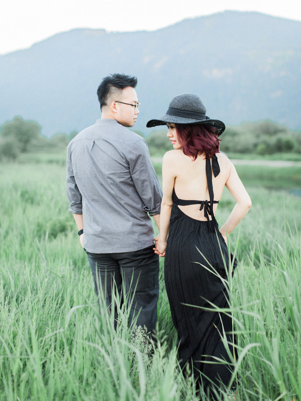 20170528Maple_Ridge_Engagement_Mary_Marco_Prewedding-40 copy.jpg