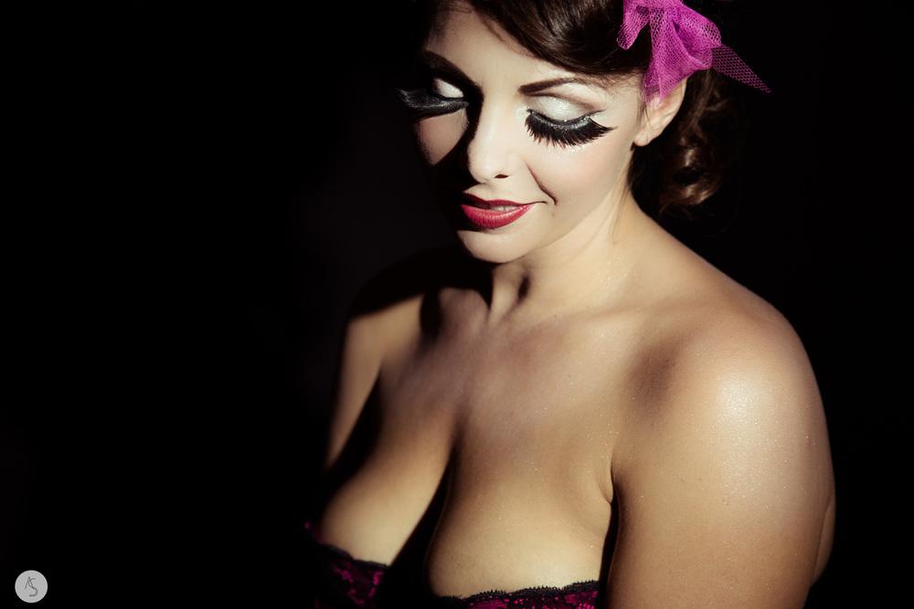 Maquilleuse+Beauté+Burlesque++Grenoble-4.jpg