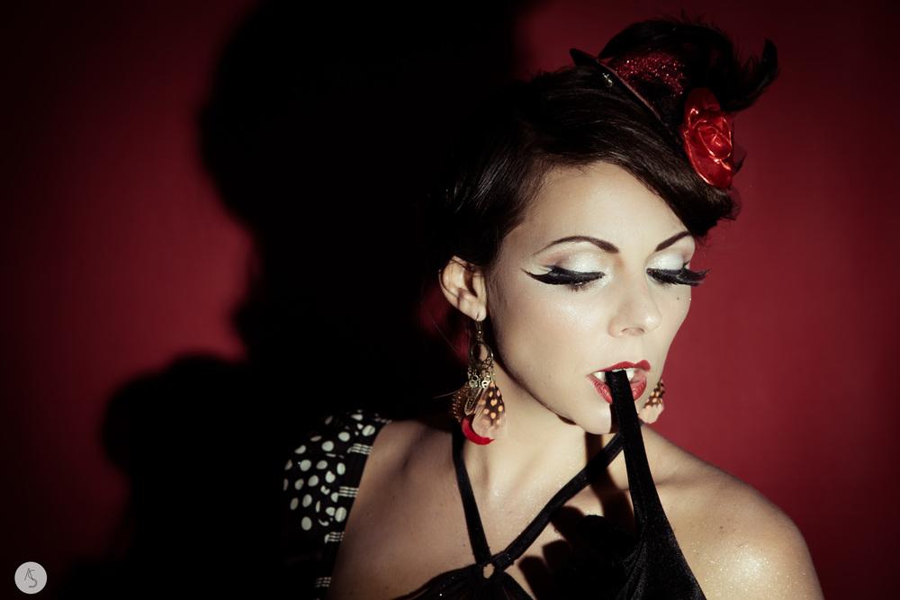 Maquilleuse+Beauté+Burlesque++Grenoble-14.jpeg
