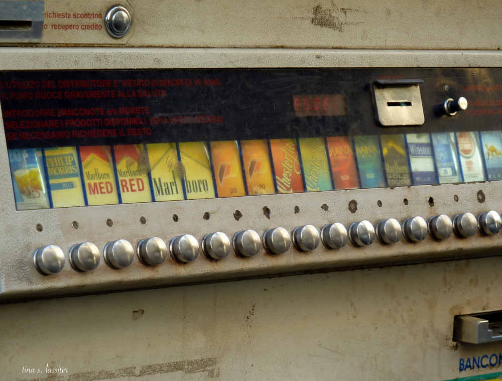 cigarette machine (sorrento)