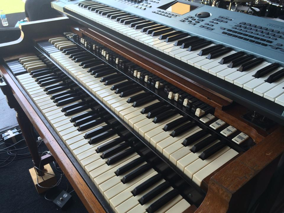 Hammond B3 Organs :: Orlando Backline Rental Services
