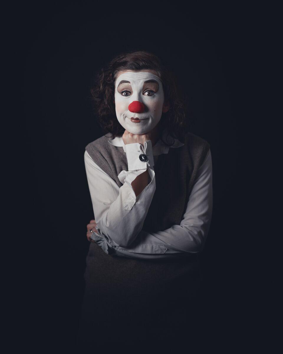 Clown dot 2.jpg