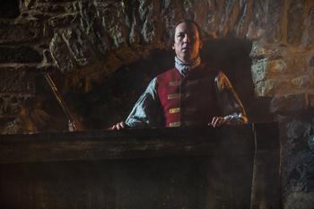"Black Jack Randall (Tobias Menzies) in Outlander, ""The Reckoning"" (© Starz)"