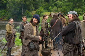 "Stephen Walters and Grant O'Rourke in Outlander, ""The Search"" 