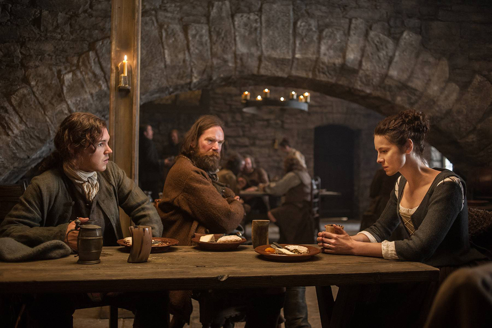 starz-outlander-15-willie-murtagh-claire.jpg