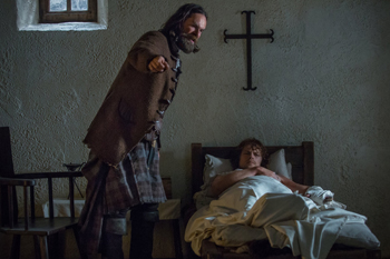 "Duncan Lacroix and Sam Heughan in Outlander, ""To Ransom a Man's Soul"" 