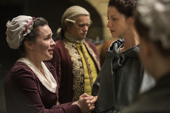 Suzette and Claire in Outlander | © Starz