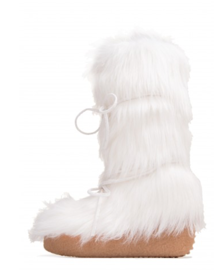 Who doesn't love a pair of fluffy boots with some pump to them!
