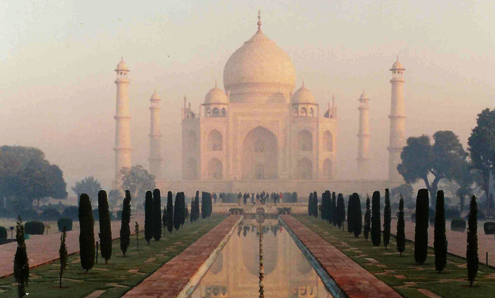 AK-Taylor-Travel-India-Taj-Mahal-2.jpg