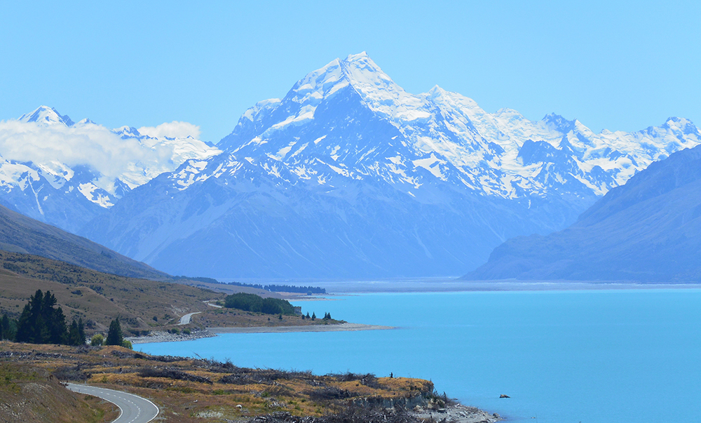Mt_Cook,_NZ-Free.jpg