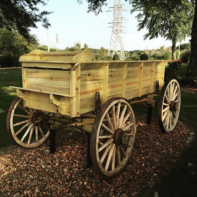 Having a beard makes me automatically qualified to build wagons. #amish #notactuallyamish . . . . .#garden #gardening #planterboxes #backyard #palospark #woodwork #design #rusticdesign #rustic #handmade #schaverwoodshop #decor #woodworker #craftsman #craftsmanship #chicago #dowoodworking #mywworg #woodshop #carpenter #flowers