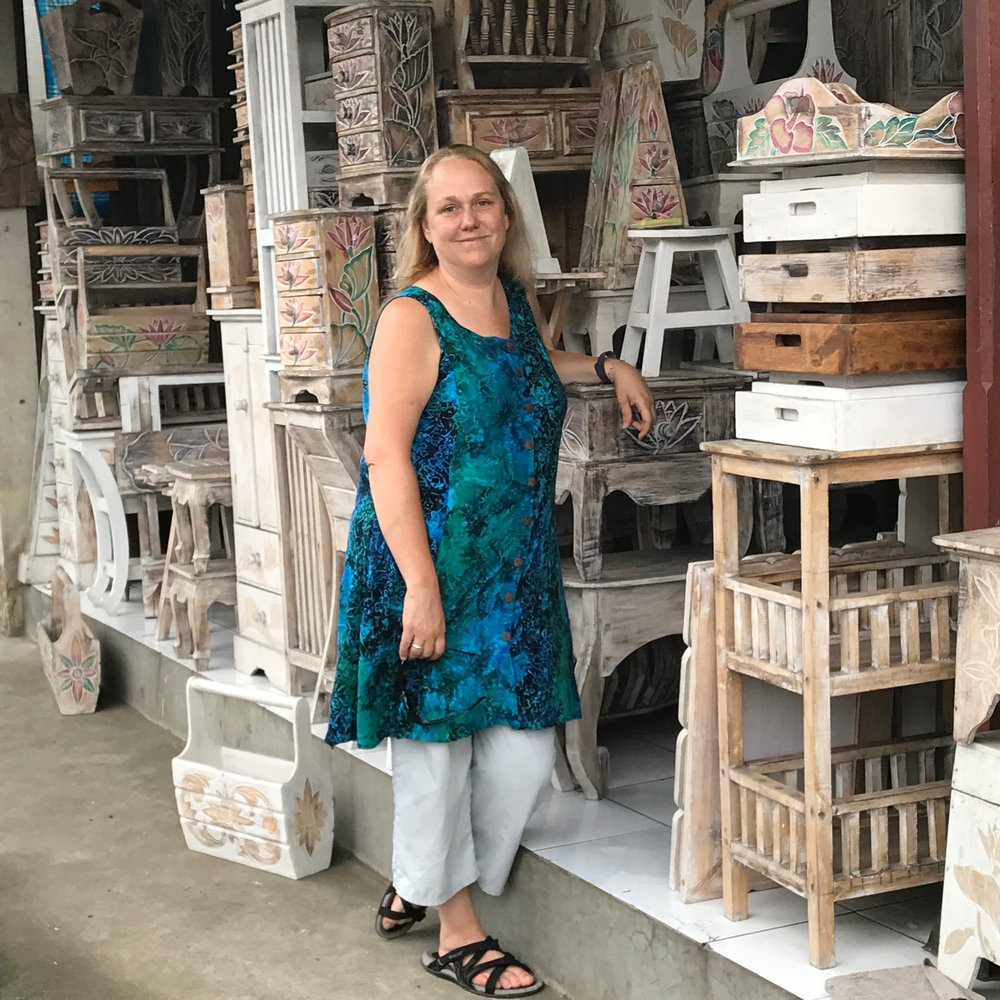 Lisa in Bali buying small furniture!