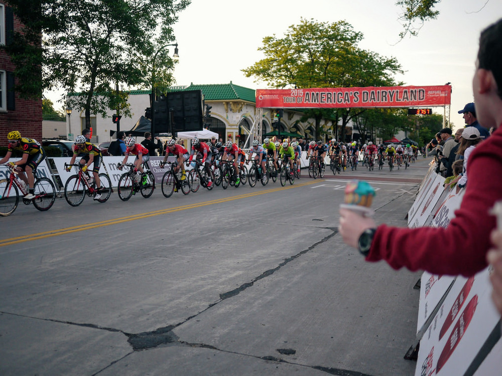 An example of a road criterium.