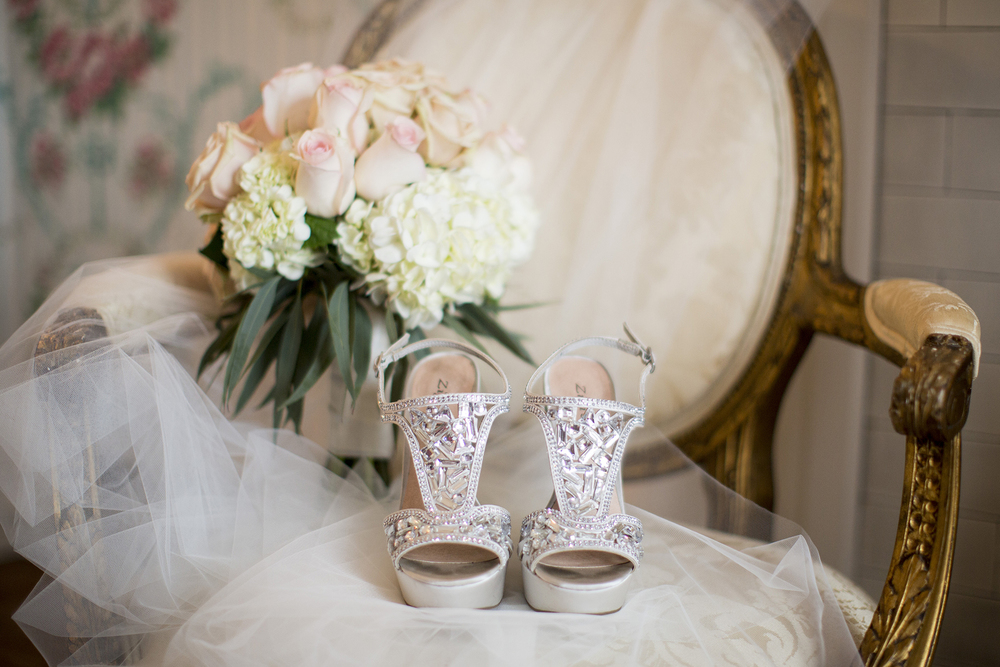 Seriously_Sabrina_Photography_Louisville_Kentucky_Wedding_Whitehall_007.jpg