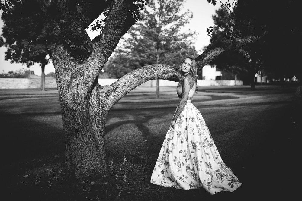 Seriously_Sabrina_Photographer_Lexington_Kentucky_Senior_Libby17.jpg