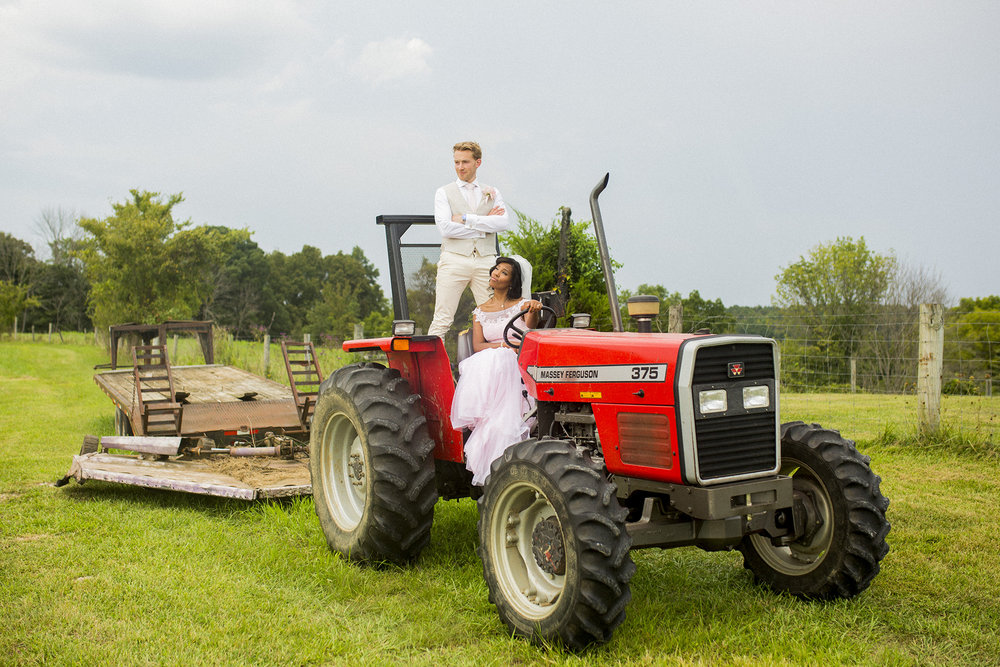 Seriously_Sabrina_Photography_kentucky_farm_wedding_daansojo495.jpg