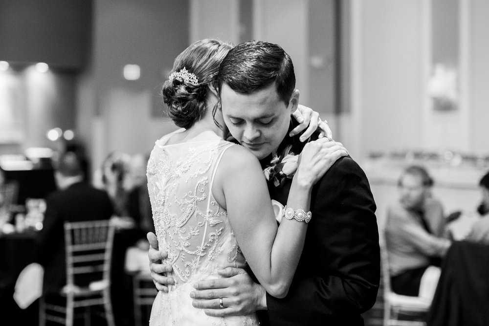 Seriously_Sabrina_Photography_Carrick_House_Lexington_Kentucky_Wedding_Solomon481.jpg