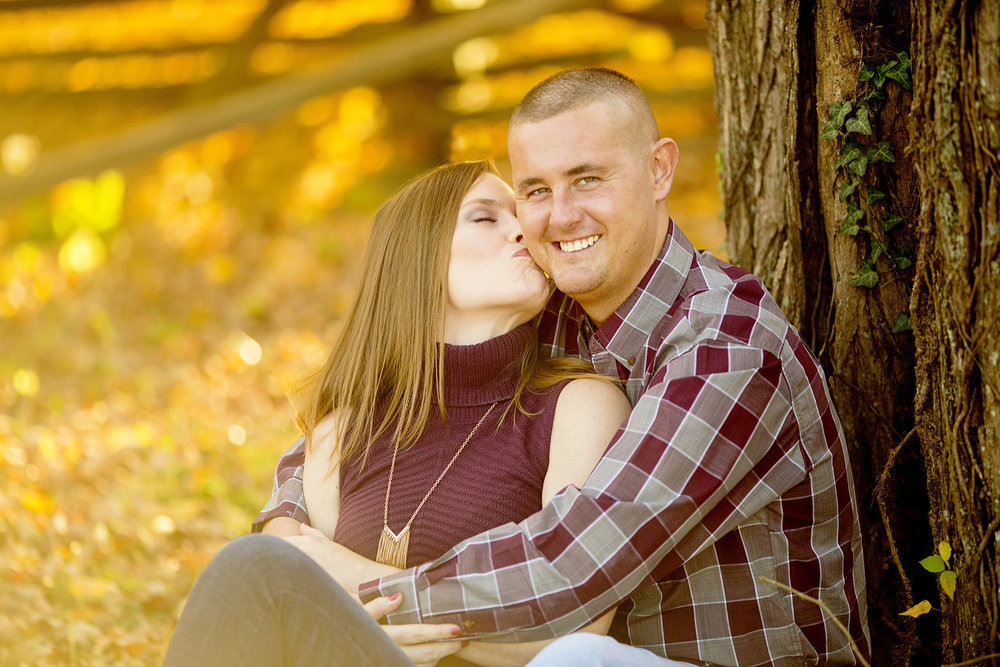 Seriously_Sabrina_Photography_Louisville_Kentucky_Locust_Grove_Engagement_WilliamMegan090.jpg