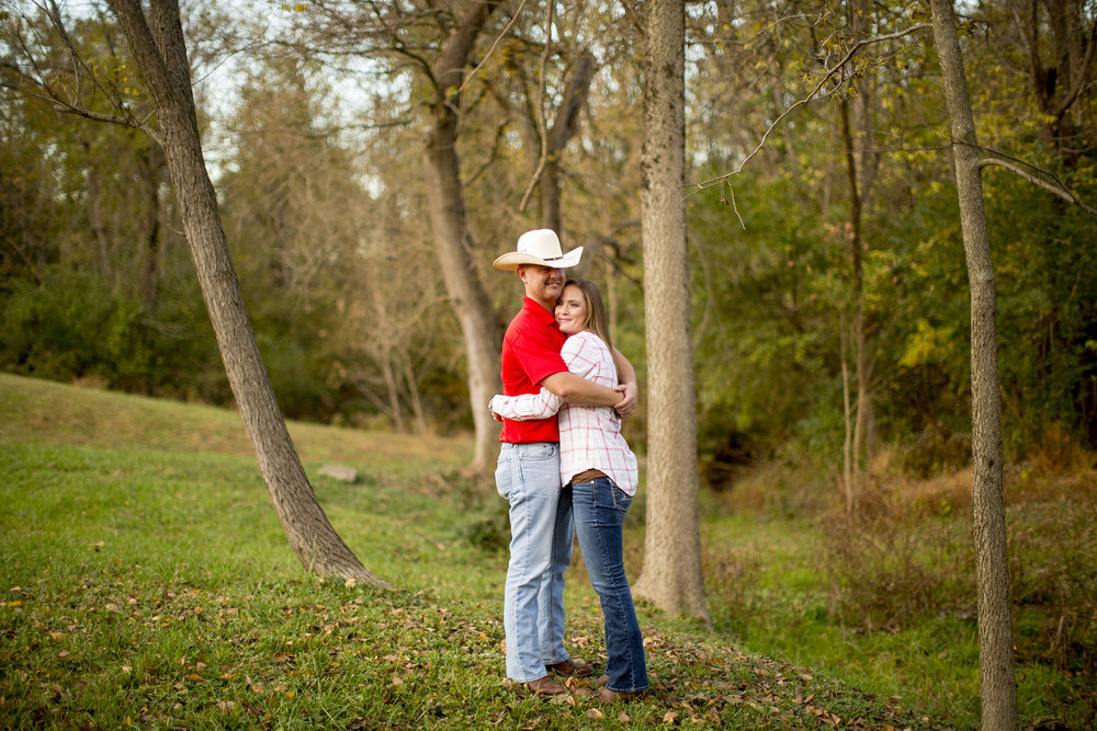 Seriously_Sabrina_Photography_Louisville_Kentucky_Locust_Grove_Engagement_WilliamMegan110.jpg