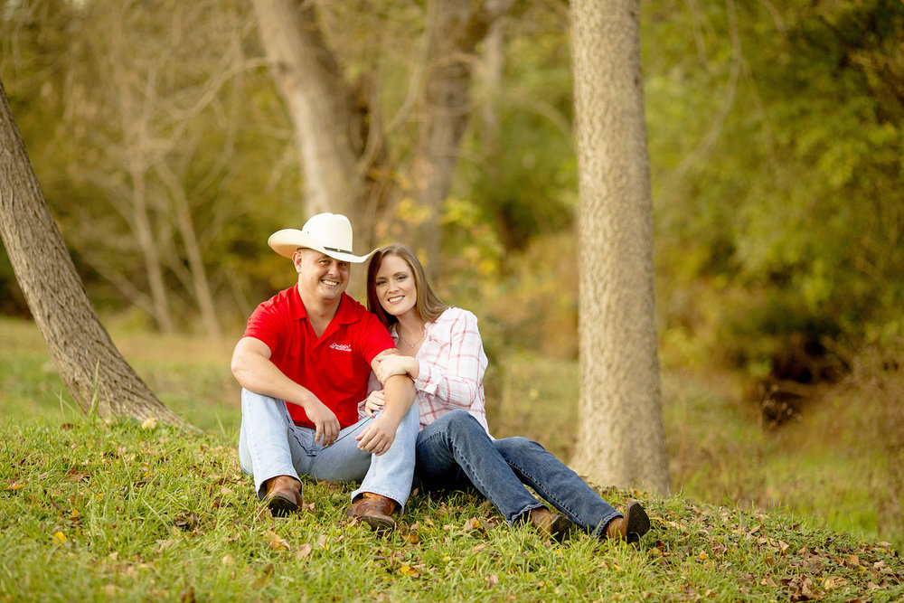 Seriously_Sabrina_Photography_Louisville_Kentucky_Locust_Grove_Engagement_WilliamMegan112.jpg