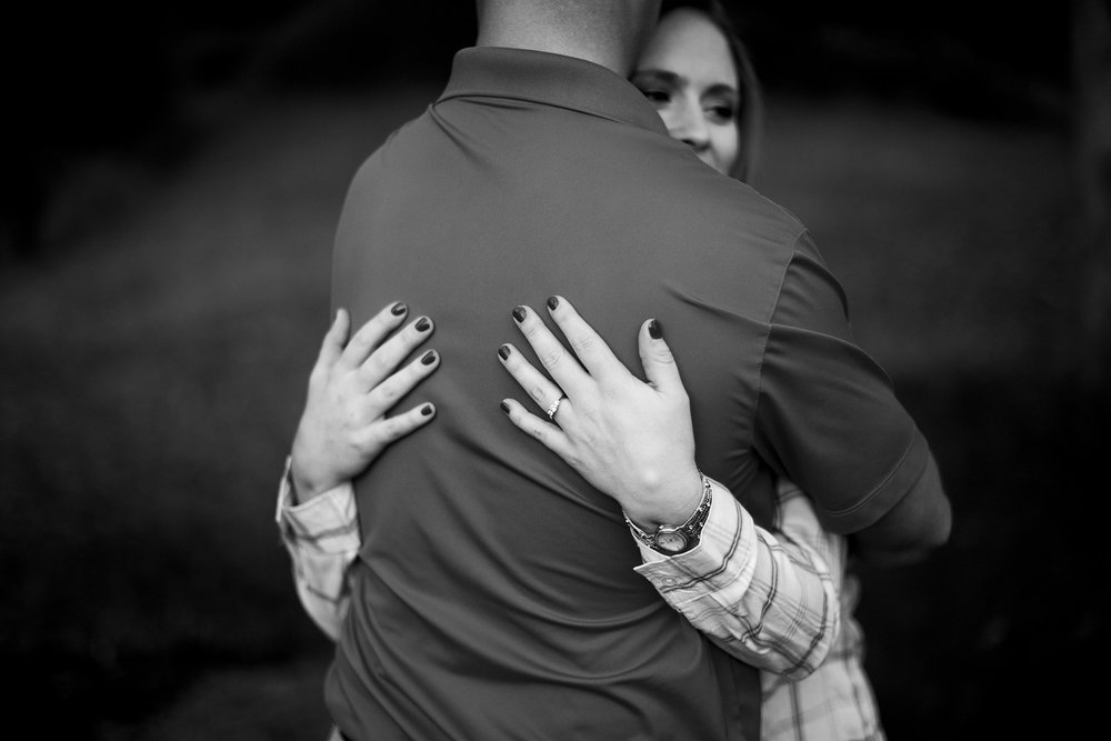 Seriously_Sabrina_Photography_Louisville_Kentucky_Locust_Grove_Engagement_WilliamMegan113.jpg