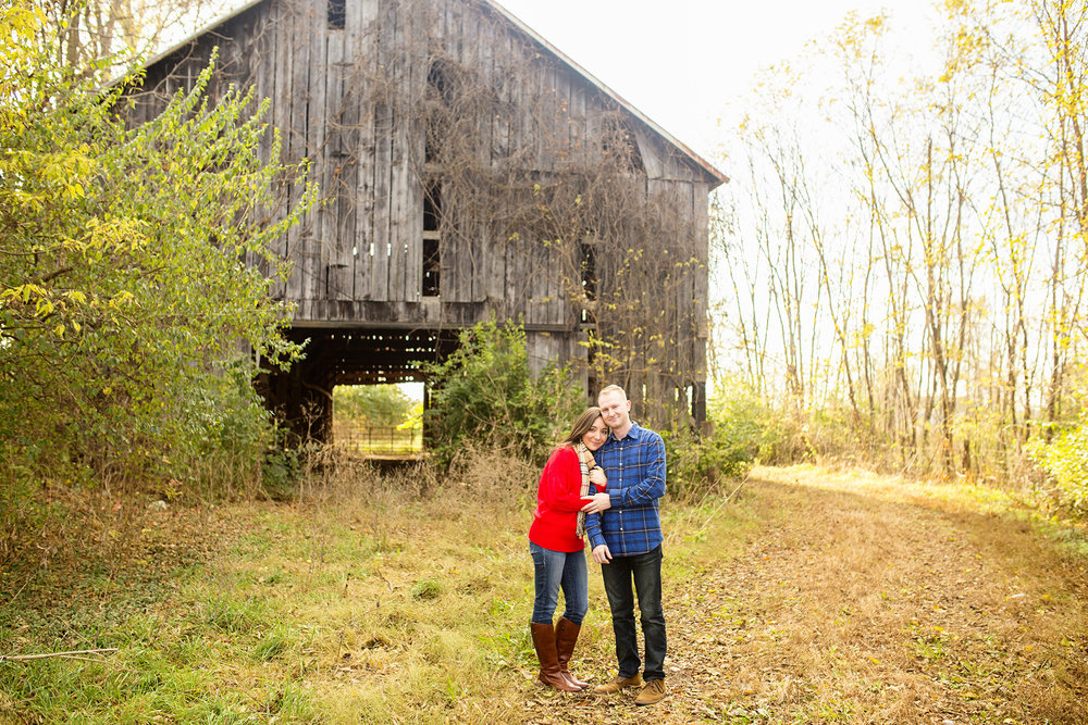 Seriously_Sabrina_Photography_Lexington_Kentucky_Backroads_Roadtrip_Engagement_RM026.jpg