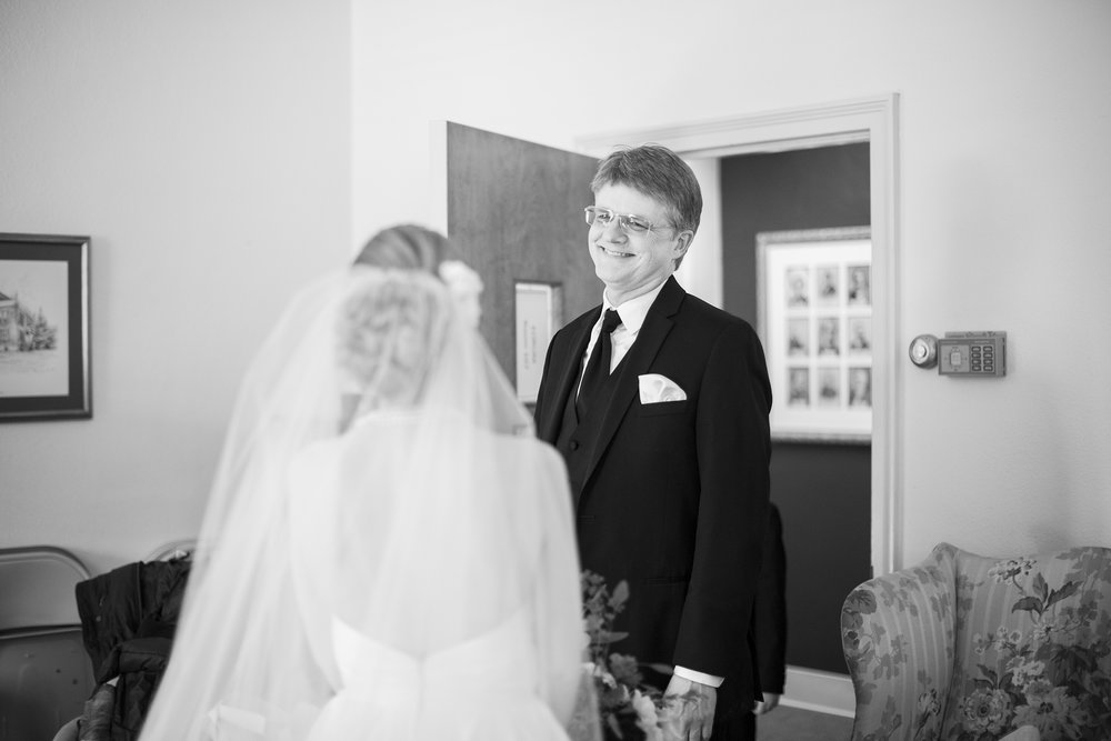 Seriously_Sabrina_Photography_Lexington_Kentucky_Winter_Wedding_Bosworth045.jpg