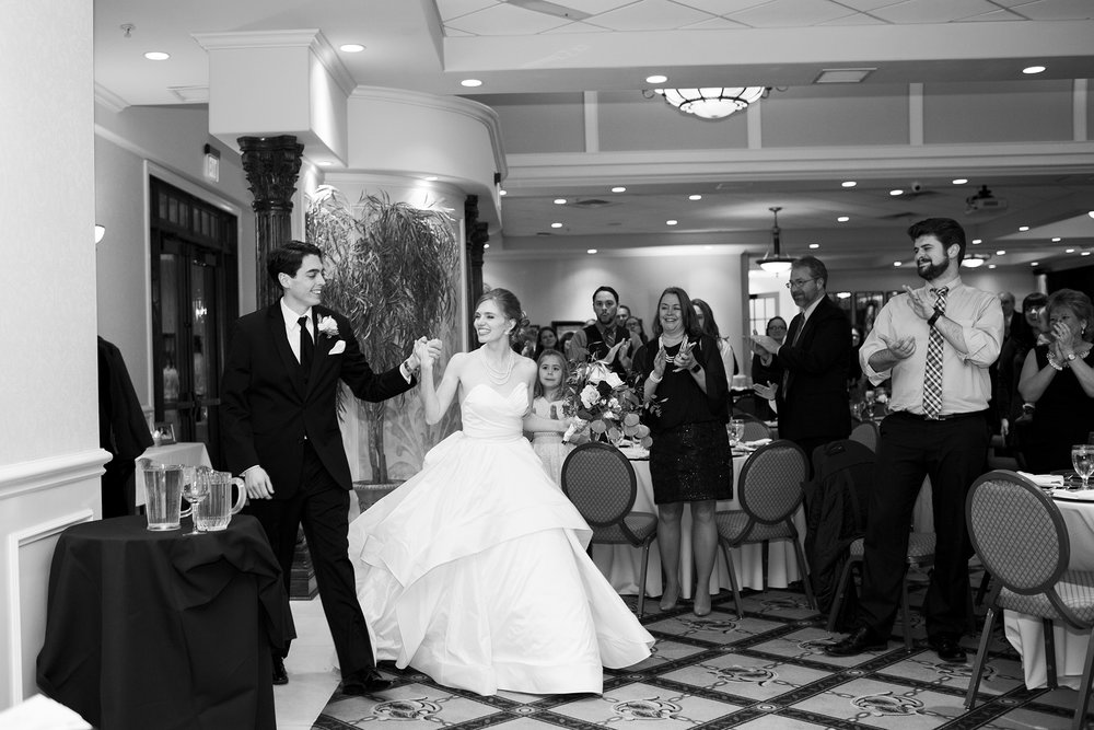 Seriously_Sabrina_Photography_Lexington_Kentucky_Winter_Wedding_Bosworth120.jpg