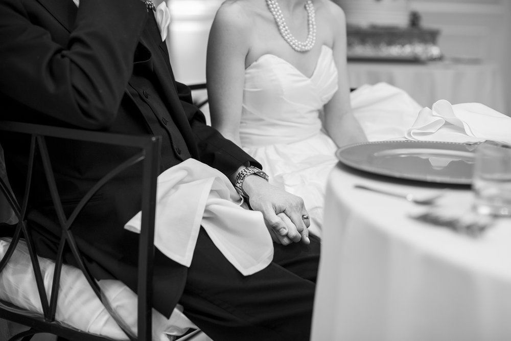 Seriously_Sabrina_Photography_Lexington_Kentucky_Winter_Wedding_Bosworth163.jpg