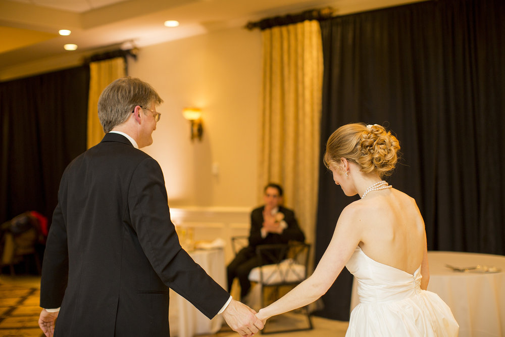 Seriously_Sabrina_Photography_Lexington_Kentucky_Winter_Wedding_Bosworth173.jpg